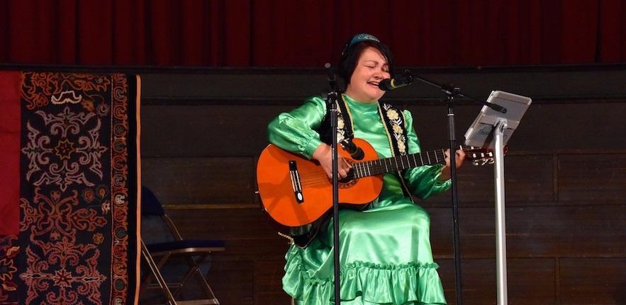 Tatar Singer