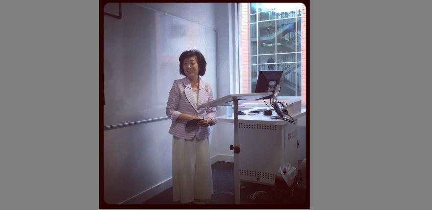 Professor Akiko Yamanaka gives a talk in Cambridge